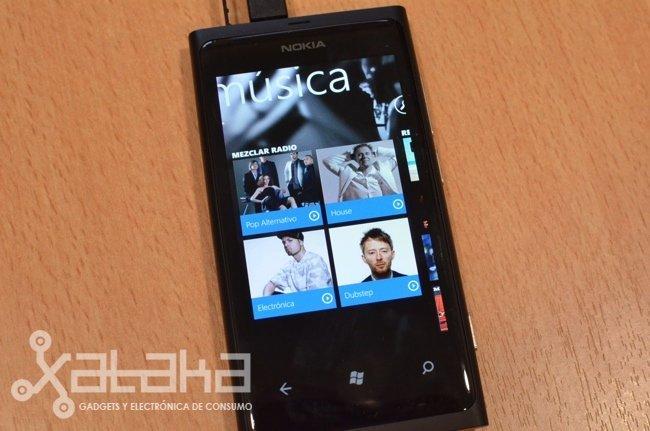nokia-lumia-800-nokia-music.jpg