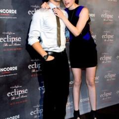 Foto 12 de 18 de la galería mas-looks-de-kristen-stewart-presentando-lo-nuevo-de-crepusculo-eclipse-en-busca-del-estilo en Trendencias