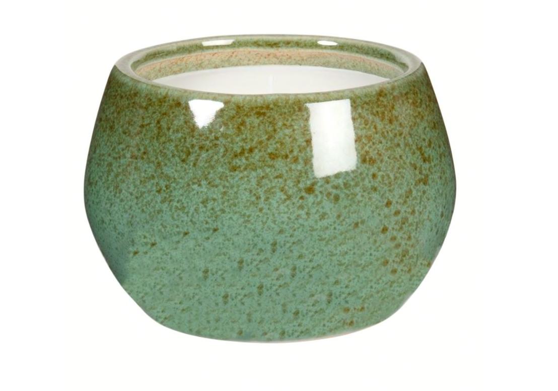 Vela perfumada en tarro de cerámica verde