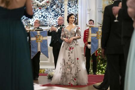 Tráiler de '(Re)cambio de princesa': Vanessa Hudgens hereda el trono en la secuela de la película navideña de Netflix
