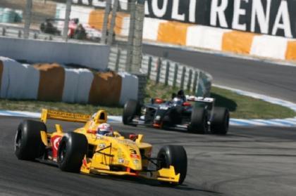 Milos Pavlovic gana su segunda carrera en Estoril