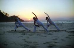 Clases mixtas de Pilates-Yoga.