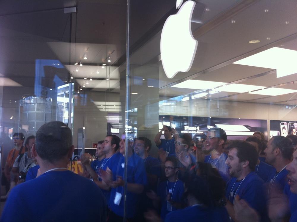 Foto de Inauguración Apple Store La Maquinista (44/93)
