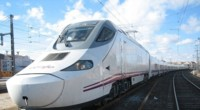 Fomento y Renfe piden a las operadoras móviles mejorar su cobertura en los trayectos del AVE