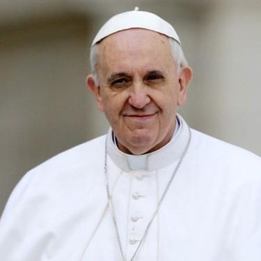 El papa Francisco es un 'foodie':  ama la pizza, clava el asado argentino y ya tiene su primer libro de recetas
