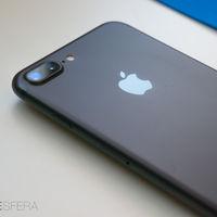 """El resultado de convertir el iPhone 7 Plus en el """"iPhone Premium"""": sus ventas se han doblado respecto a las de otros modelos"""