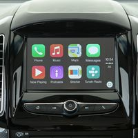¡Por fin! Waze y Google Maps ya se pueden usar en Apple CarPlay