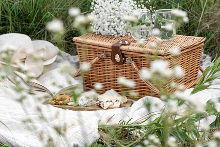Siete recetas de aperitivo perfectas para llevar de picnic y disfrutar de un picoteo del finde al aire libre