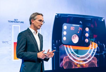 """""""El uso de la inteligencia artificial se tiene que adaptar a ti"""": Entrevista con Roy Jakobs, jefe de negocio en Philips Salud"""
