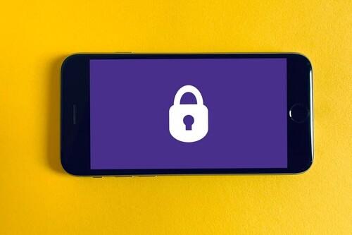 El descalabro de Facebook deja una lección importante: los SMS no sirven como sistema de autenticación en dos pasos