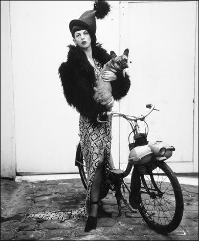 Christie's subasta el vestuario de Isabella Blow, musa de McQueen