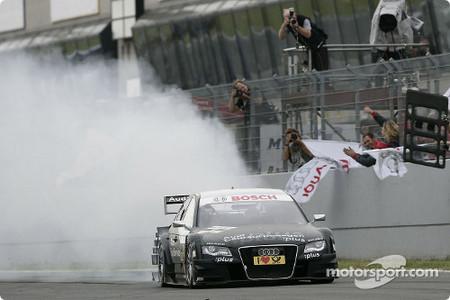 Timo Scheider lidera en Orchersleben un demoledor triplete de Audi
