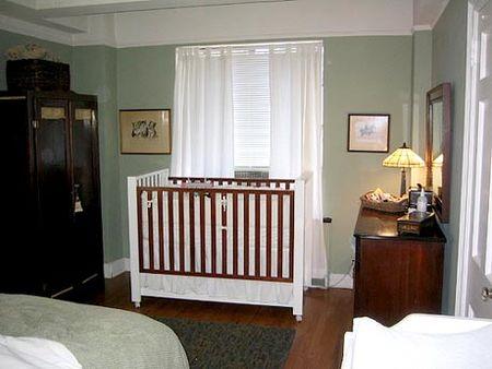 Cuando la cuna est en la habitaci n de los padres for Color del dormitorio de los padres