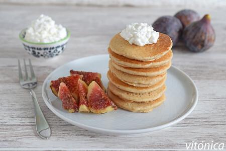 Tortitas de almendra con queso cottage: receta saludable sin gluten para tomar con tu fruta preferida