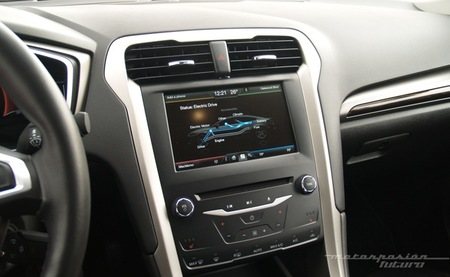 Ford Fusion/Mondeo Hybrid Dearborn 05