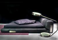 DC Bed, una cama ultramoderna en piel