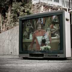 Foto 9 de 14 de la galería televisiones-abandonadas-por-alex-beker en Decoesfera