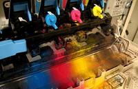 La tinta de impresora, uno de los líquidos más caros del mundo