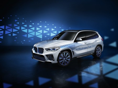BMW tendrá un X5 que funcione con hidrógeno en 2022 y parte de él fue hecho en colaboración con Toyota