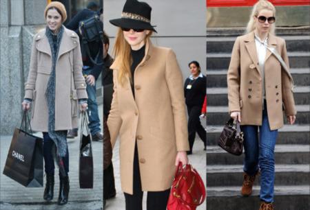 Un abrigo beis, la opción más clásica y combinable de abrigarte en invierno