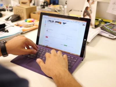Microsoft se aleja de la venta de PCs y delega en Dell para comercializar sus Surface