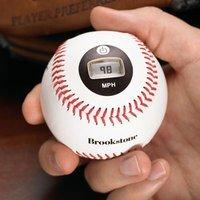 Bola de beisbol con velocímetro