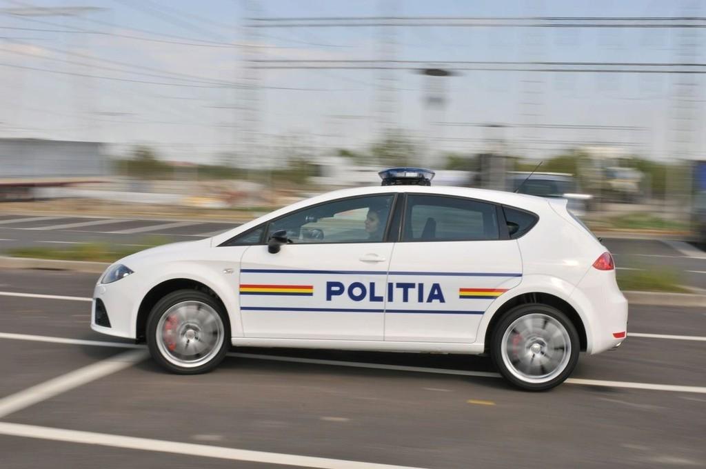 Foto de SEAT León Cupra para la policía rumana (4/5)