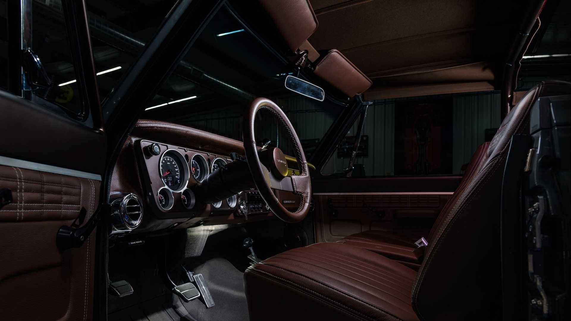 Foto de Ringbrothers Chevrolet K-5 Blazer 1971 (24/73)