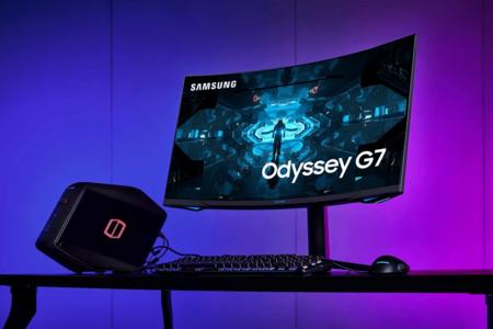 """El monitor gaming Samsung Odyssey G7 tiene panel QLED de 27"""" 240Hz, HDR y G-Sync por 549,99 euros en Amazon, su precio mínimo"""