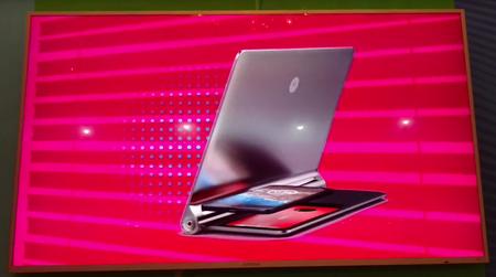 Moto Mod Tablet Dock