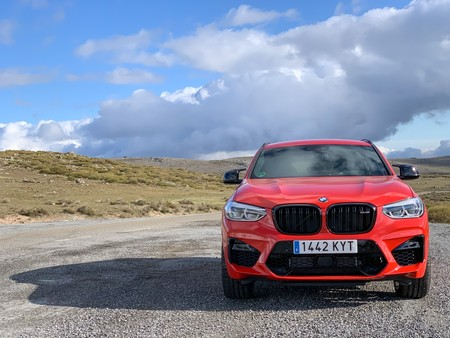 BMW X4 M Competition frontal
