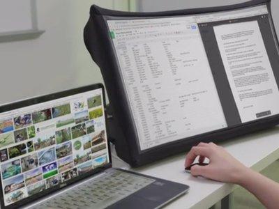 """SPUD es una pantalla de 24"""" plegable del tamaño de un libro"""