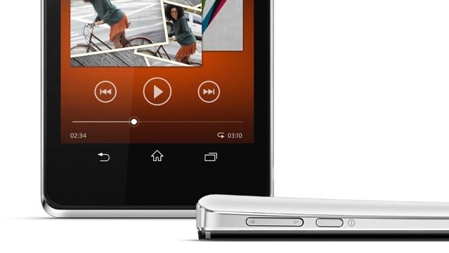 Sony Xperia V - con certificado PlayStation para Android