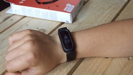 Test du Fitbit Ace 3 Xataka Comfort Design
