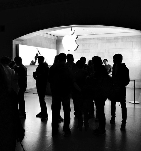 Las caídas de bolsa cambian el ranking: Apple ya no es la compañía más valiosa en bolsa del mundo