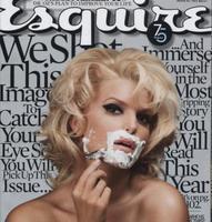 Jessica Simpson se afeita