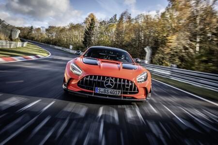 El Mercedes-AMG GT Black Series bate al Lamborghini Aventador SVJ como coche de producción más rápido en Nürburgring: 6:43.616