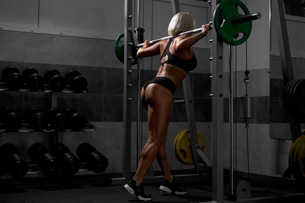 Cinco ejercicios que puedes hacer con tan solo una multipower