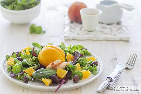 Melocotones rellenos: la receta de ensalada más sorprendente