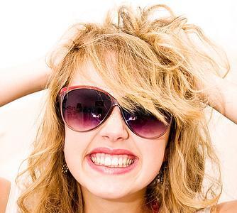 No peines tu pelo ondulado cada día: sólo cuando lo laves