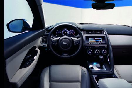 Jaguar E Pace 35