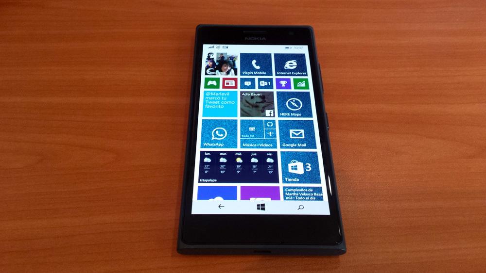 Foto de Nokia Lumia 735 (1/7)