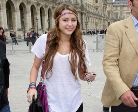 Miley Cyrus aclara los rumores sobre ella y Nick Jonas