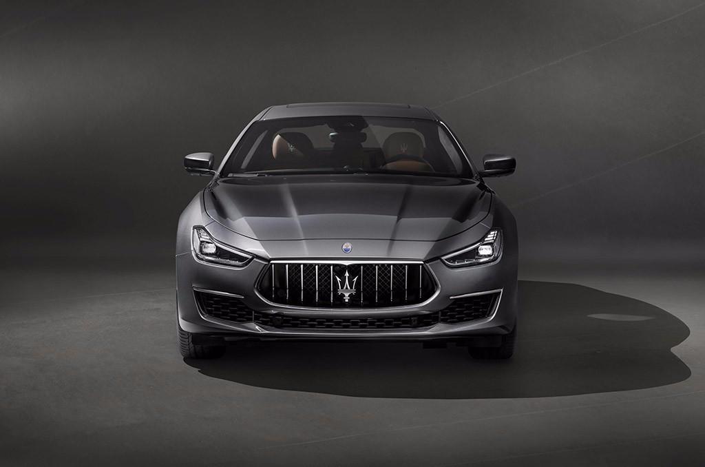 Foto de Maserati Ghibli GranLusso 2018 (3/4)