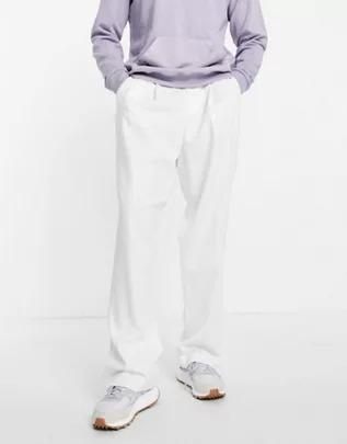 Pantalones blancos de vestir de tiro alto y corte slim de ASOS DESIGN