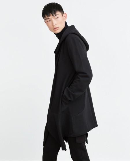 Zara nos invita a llevar el normcore a otro nivel con prendas oversize