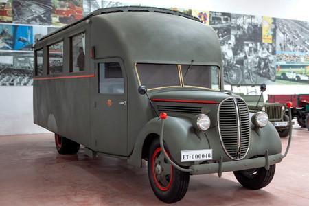 Ford 817T, colección Desguaces La Torre