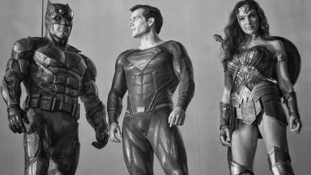 """El director de 'El hombre invisible' contra los montajes alternativos: cree que versiones como el Snyder Cut son """"algo terrible"""""""