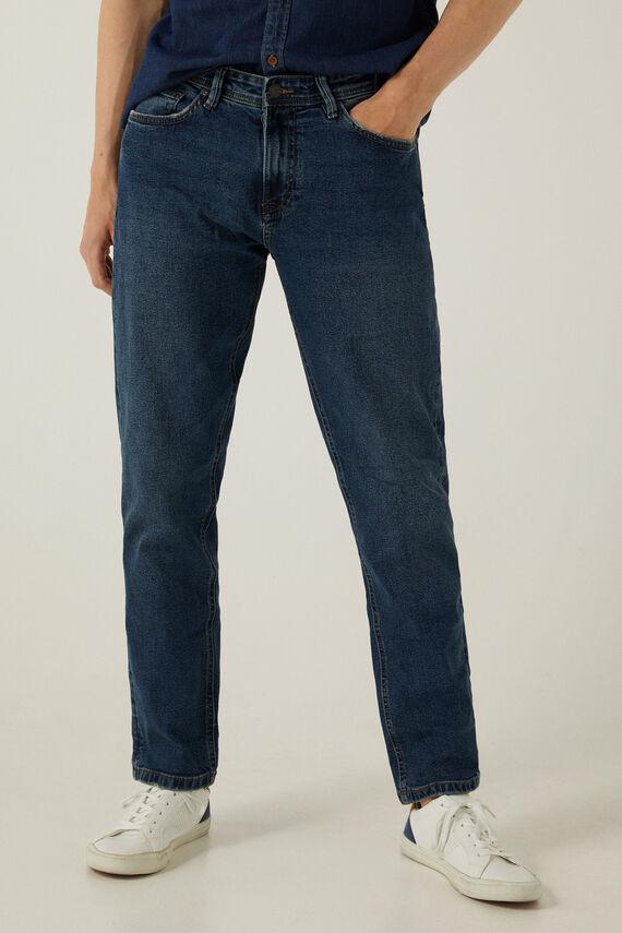 Jeans de corte regular lavado oscuro