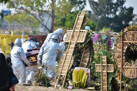 El coronavirus ha estallado en los países pobres. Y están falleciendo muchos más jóvenes